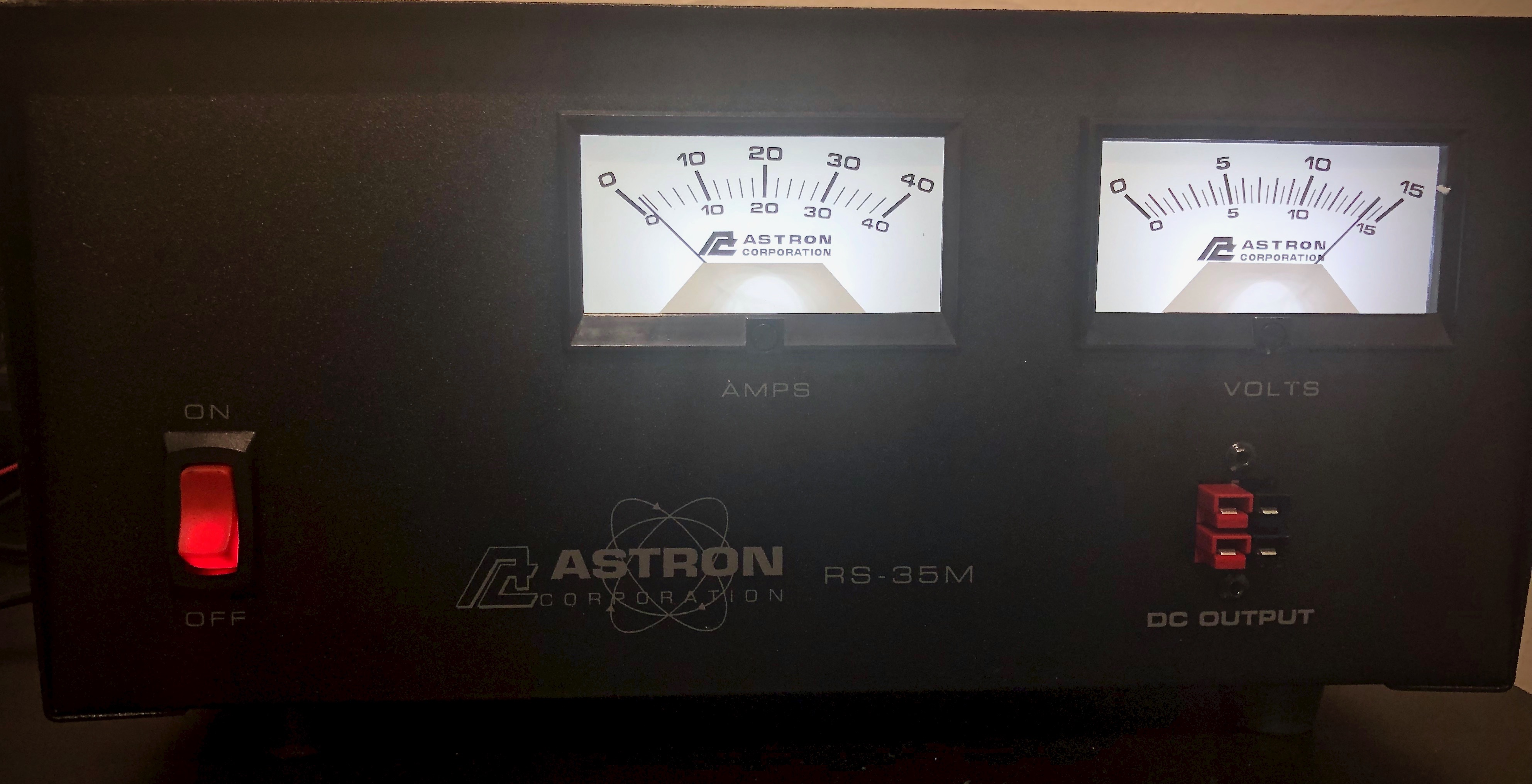 Replaced my noisy MFJ fan cooled Power supply with a Totally Silent linear power supply from Astron. Weighs about 25 pounds! Big transformer...